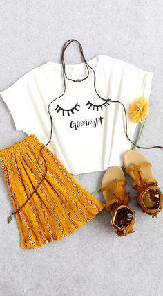 Eyelash Print Crop T-shirt