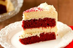 Red Velvet Cheesecake // Might need my mom's help with this one ... but looks AMAZING!
