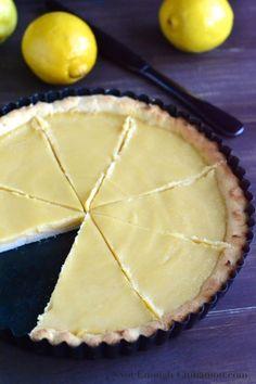 Paleo Lemon Curd Pie | notenoughcinnamon.com @NECinnamon #recipe #dessert #paleo