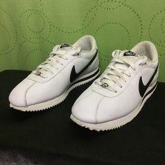 NIKE CORTEZ Basic Leather white/black . Mens 10.5