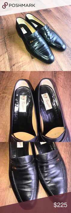 Vintage 43.5 US 10.5 Gucci Italian Leather Loafers Excellent condition. US 10.5 or Italy 43.5 Gucci Shoes Loafers & Slip-Ons