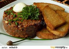 "Žampionový ""tatarák"" recept - TopRecepty.cz Meatloaf, Baked Potato, Steak, Potatoes, Baking, Ethnic Recipes, Food, Red Peppers, Potato"