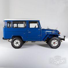 1983 Toyota Land Cruiser BJ46 Medium Blue