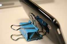 6 Life-Changing Uses for Binder Clips (That You Could've Easily Thought Of)