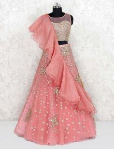 Kids Party Wear Dresses, Party Wear Indian Dresses, Indian Wedding Gowns, Wedding Dresses For Kids, Indian Fashion Dresses, Girls Fashion Clothes, India Wedding, Long Frocks For Girls, Stylish Dresses For Girls