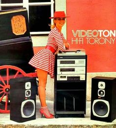 I love the striped ankle socks with the high heeled shoes! I love this look! 80s Ads, Retro Advertising, Audio Vintage, Vintage Ads, Big Speakers, Radios, Bang And Olufsen, Vintage Space, Old Computers