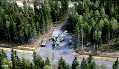 World Air Photo (@planenut27) | Twitter In Sweden, almost any road is a runway that can be used by SwAF fighter planes. Here is a Saab 37 Viggen parked next to a public road