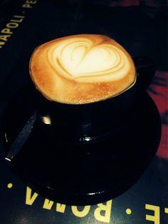 ちょいとだけ休憩 #cafe #latte