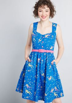 Keeping a casual pace, you breeze through the city center atop your bike in this colorful A-line dress. Part of our ModCloth namesake label, this brilliant. Modest Dresses, Cute Dresses, Vintage Dresses, Summer Dresses, Dresses Dresses, Casual Dresses, Floral Frocks, 1950s Fashion, Ladies Dress Design