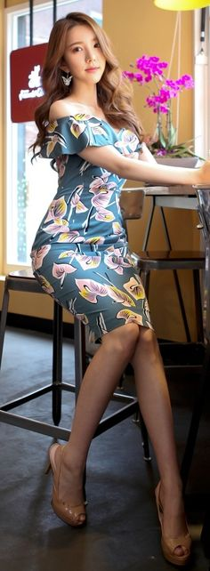 Luxe Asian Women Design Korean Model Fashion Style Dress Luxe Asian Women Dresses Asian Size Clothing Luxury Asian Woman Fashion Style Fashion Style Clothing 韓国の服 韩国衣服 韓国スタイル 韩国风格,韓国ファッション, アジアンファッション. Fashion & Style & moda & Sexy dress Women fashion clothes #KoreanWomenFashion #KoreanWomenFashionOnline #韓流 #LuxeAsian  #韓国Style #koreanstyle #koreanfashion