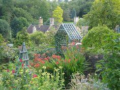 A beautiful English country garden