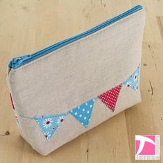Fabric cosmetic pouch with zipper by TeresaNogueira on Etsy, €14.00
