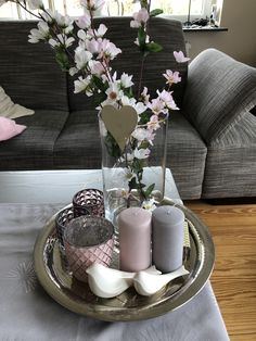 Apr 2020 - Frühling Deko Tisch Frühlingsdeko Tischdeko Kerzen Spring 🌸😊🌸 - # C. - Frühling Deko Tisch Frühlingsdeko Tischdeko Kerzen Spring 🌸😊🌸 – # Check more at kuche - Table Decor Living Room, Decor Room, Bedroom Decor, Home Decor, Dining Room, Decorating Coffee Tables, Tray Decor, Deco Table, Home Crafts