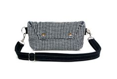Hip Bag - Fanny Pack - Traveler Bag in Black and White Houndstooth Wool - Made to Order