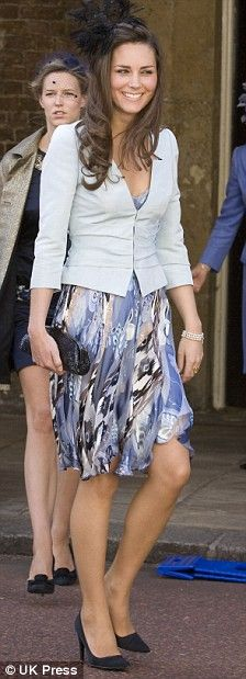 Kate at wedding of Lady Rose Windsor on 7/2008. I love this outfit