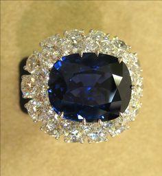 18.79ct Ceylon No Heat Sapphire 9.20ct Diamond Platinum Ring