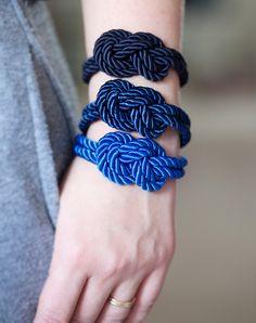 Knots as bracelets