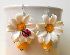 Daisy earrings  Ladybug  Flower jewelry  Sping by insoujewelry