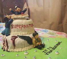 Supernatural birthday cake                                                                                                                                                                                 Mais Bolo Supernatural, Supernatural Birthday Cake, Fancy Cakes, Cute Cakes, Homemade Marshmallows, Super Natural, How To Make Cake, No Bake Cake, Cake Decorating