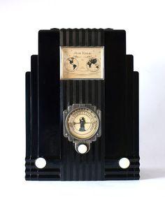 "BEAUTIFUL, 1933 AIR KING Model 66 GLOBE "" SKYSCRAPER "", ART DECO RADIO"