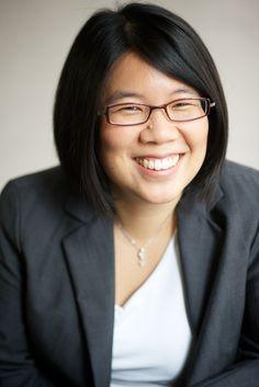 corporate-headshots-business-portrait-executive-director-woman-smiling