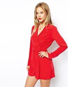 €68, Mono Corto Rojo de Asos. De Asos. Detalles: https://lookastic.com/women/shop_items/132594/redirect