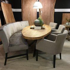 New Homes, Dining Table, Interior Design, Furniture, Home Decor, Houses, Home, Dinner Table, Nest Design