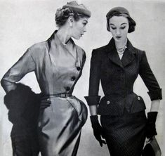 JEAN PATCHETT VOGUE FASHION PHOTO 1950 - Jean Patchett and Evelyn Tripp Vogue Editorial photo c.1950