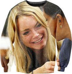 ▶ Lindsay Lohan Sexy Sweater