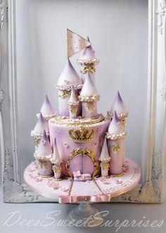 Fairytale Princess Castle cake - Cake by Dee