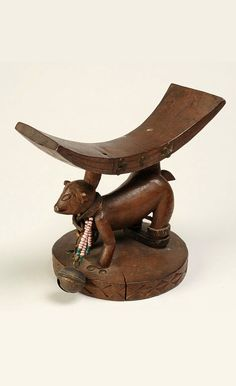 Africa | Headrest from the Yaka people of Kwango, Bandundu, DR Congo | Wood, leather, beads | ca. 1947 or earlier