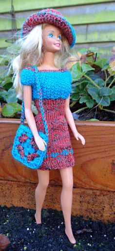 Barbie outfit with crochet bag and hat