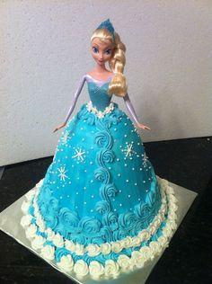 Elsa Barbie cake! Bolo Frozen, Frozen Doll Cake, Elsa Doll Cake, Elsa Birthday Cake, Barbie Birthday, Princess Birthday, 4th Birthday, Birthday Ideas, Barbie Cake Designs