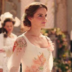 A princess #beautyandthebeast #labellaylabestia #belle #bella #emmawatson #disney