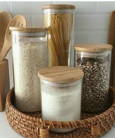 Kitchen Organization Pantry, Home Organisation, Kitchen Pantry, New Kitchen, Kitchen Decor, Kitchen Design, Kitchen Storage, Decoration Inspiration, Apartment Kitchen