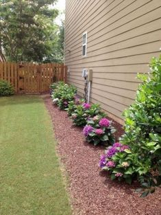 hof ideen 53 Fresh and Beautiful Front Yard Flowers Garden Landscaping Ideas House Landscape, Landscape Design, Garden Design, Front Yard Landscaping, Backyard Landscaping, Backyard Ideas, Garden Ideas, Fence Ideas, Walkway Ideas