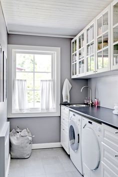 Interior Design Kitchen, Laundry Room Makeover, Bathroom Decor Apartment, Room Decor Bedroom, Paint Colors For Living Room, Interior Design Living Room, Diy Bathroom Decor, Laundry Room Design, Living Room Designs