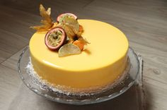 Entremets Archives - Surprises et gourmandises Fancy Desserts, Delicious Desserts, Yummy Food, Sweet Recipes, Cake Recipes, Dessert Recipes, Food Cakes, Cupcake Cakes, Entremet Recipe