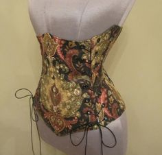 Pair this with the Victorian Bustle set for a great Steampunk costume