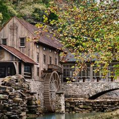 Dogwood Canyon in Lampe Missouri Beautiful Buildings, Beautiful Landscapes, Beautiful Places, Dogwood Canyon, Old Grist Mill, Autumn Scenes, Water Mill, Old Barns, Le Moulin