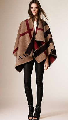 BURBERRY House check/black Check Wool and Cashmere Blanket Poncho - Image 5