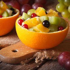 Salade de fruits d'hiver Fruit Presentation, Whole 30 Dessert, Healthy Snacks, Healthy Recipes, Dessert Aux Fruits, Ww Desserts, Yummy Food, Tasty, Food Platters