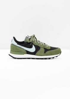 pretty nice 07344 05dc3 Other Stories image 1 of Nike Internationalist in Green Sneakers Nike, Nike  Skor,