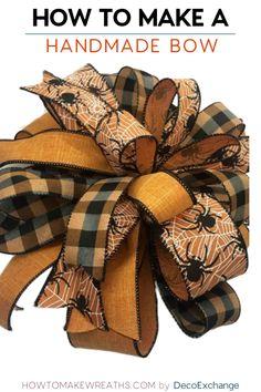 Diy Bow, Diy Ribbon, Ribbon Crafts, Wreath Crafts, Diy Wreath, Wreath Making, Making Bows For Wreaths, Ribbon Flower, Fabric Flowers