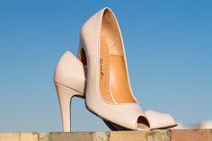 Nuevos zapatos de tacón peeptoe de la marca Elena Zárate Calzado & Complementos