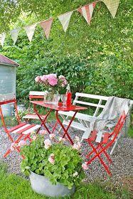 Så kommer DEL 2 med vakre årstider som sommer, høst og vinter....og selfølgelig må vi begynne med de vakrete blomsterkvister som finn...