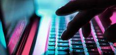 60 Wohnungen durchsucht: Bundesweite Razzien wegen Hasspostings - SPIEGEL ONLINE - Nachrichten - Netzwelt