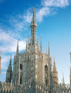 """Hans Christian Andersen visited the Milan  Cathedral around 1833 and recorded his impressions in """"The Improvvisatore"""": """"I went daily to the Cathedral of Milan, that singular mountain which was torn out of the rocks of Carrara (Candoglia, ndr). I saw the church for the first time in the clear moonlight..."""" 