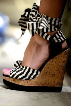 Striped wedges  22 Of The Hottest Ways To Wear Stripes • Page 6 of 11 • BoredBug
