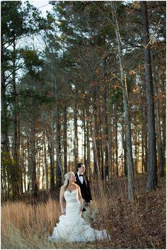 Winter wedding photos.  Colorado winter wedding by Estes Park wedding photographer Plum Pretty Photography.